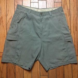 Tommy Bahama Green Khaki Relax Cargo Shorts Sz 36